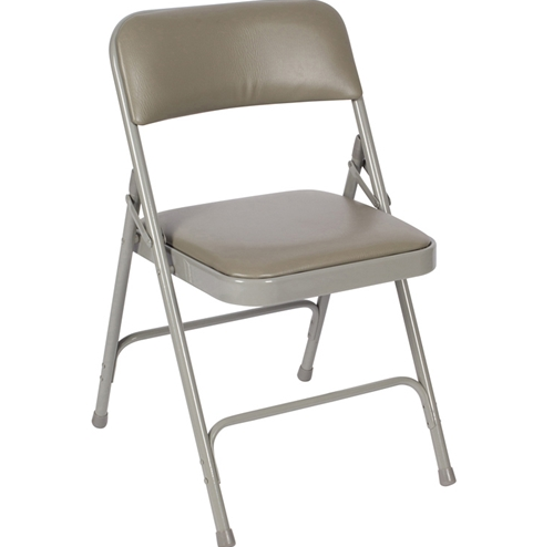 Advantages of Purchasing Folding Chairs for Your School Online